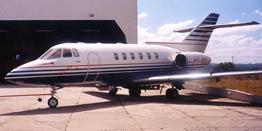 Executive Jet - Midsize - Hawker Beechcraft Hawker 800